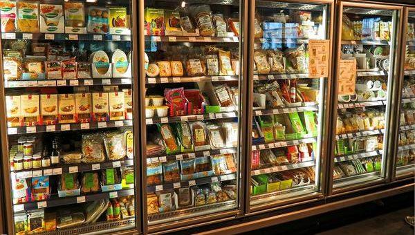 Zakup dobrej szafy chłodniczej do sklepu