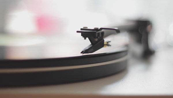 Muzyka z płyt gramofonowych