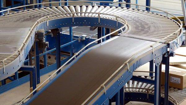 Przenośnik rolkowy zwiększa wydajność przedsiębiorstwa
