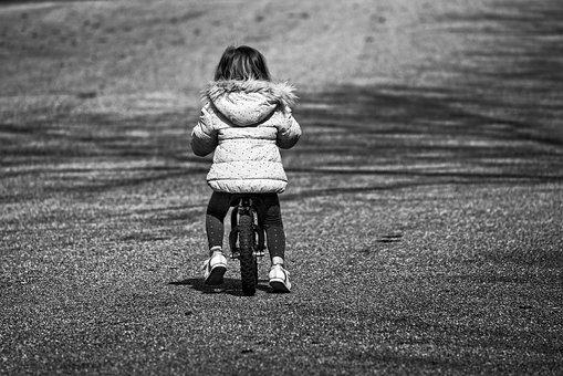 Rowerki biegowe uwielbiane przez najmłodszych